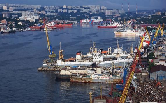 Путин подписал закон, расширяющий режим свободного порта Владивостока