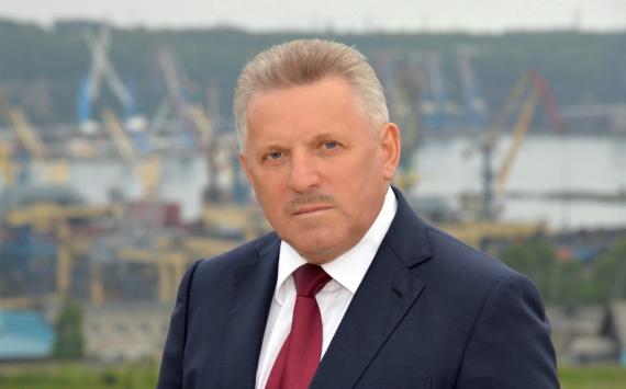 Вячеслав Шпорт подал документы нарегистрацию кандидата вгубернаторы Хабаровского края