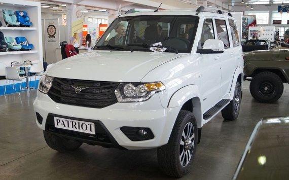 Улучшенный УАЗ «ПАТРИОТ» представлен официально, асборку первого покажут вонлайн