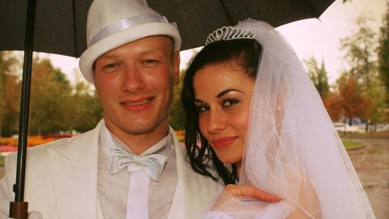 актер никита панфилов с женой фото лечения