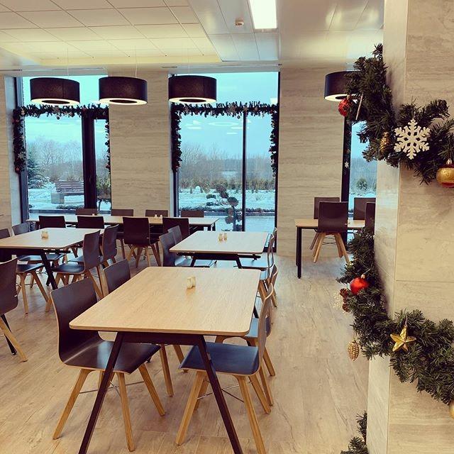 Вкусная еда и комфортная атмосфера являются одним из способов мотивации сотрудников в компании Удодова и Логвинова